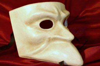 Le maschere tipiche veneziane la bauta