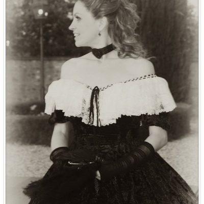la dama in bianco e nero