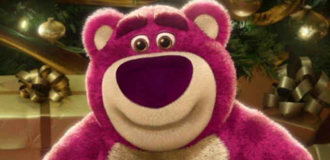 Orso rosa abbraccia tutti