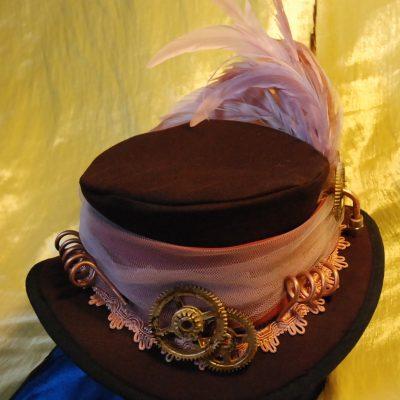 Cappello donna piume rosa