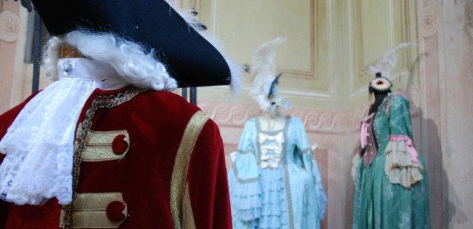 Settecento Archives - Noleggio costumi e abiti d epoca 30829ad9ecc