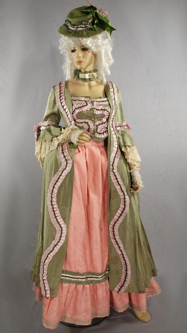 abito storico 1700